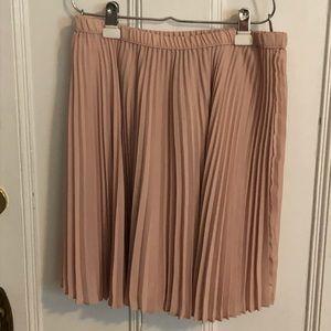 Banana Republic pleated skirt size 10